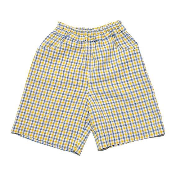 Pantalón corto - short Niño - 6-7 a Bermuda de cuadros con bolsillos laterales y goma en la cintura.#pantalón #niño #cuadros #trueque #bermuda