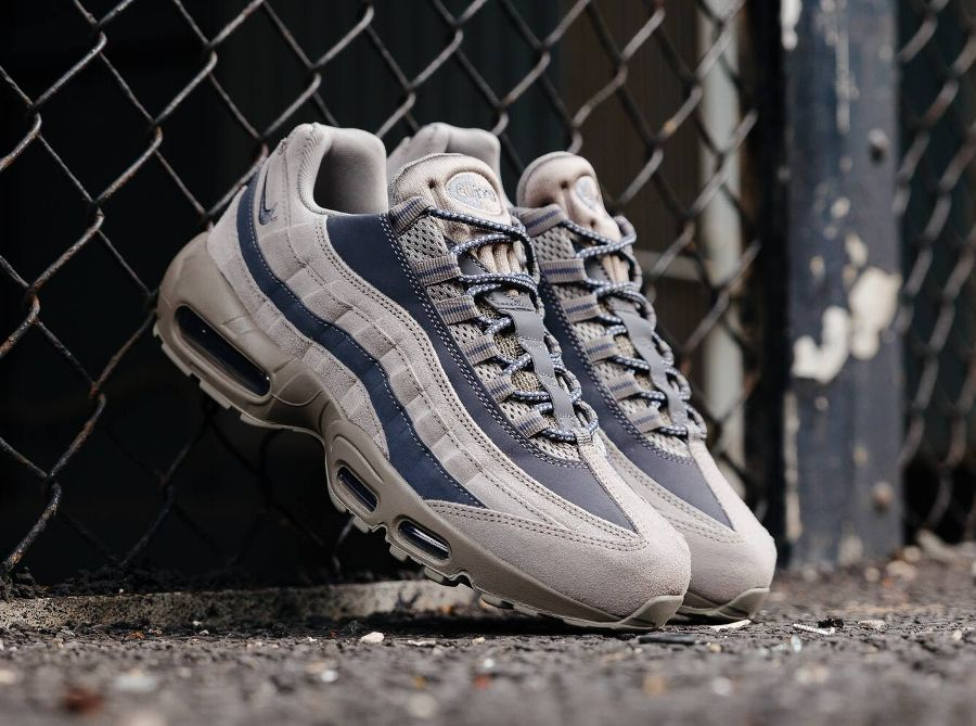 official photos f3270 b5e10 Nike Air Max 95 Essential  Light Taupe Grey