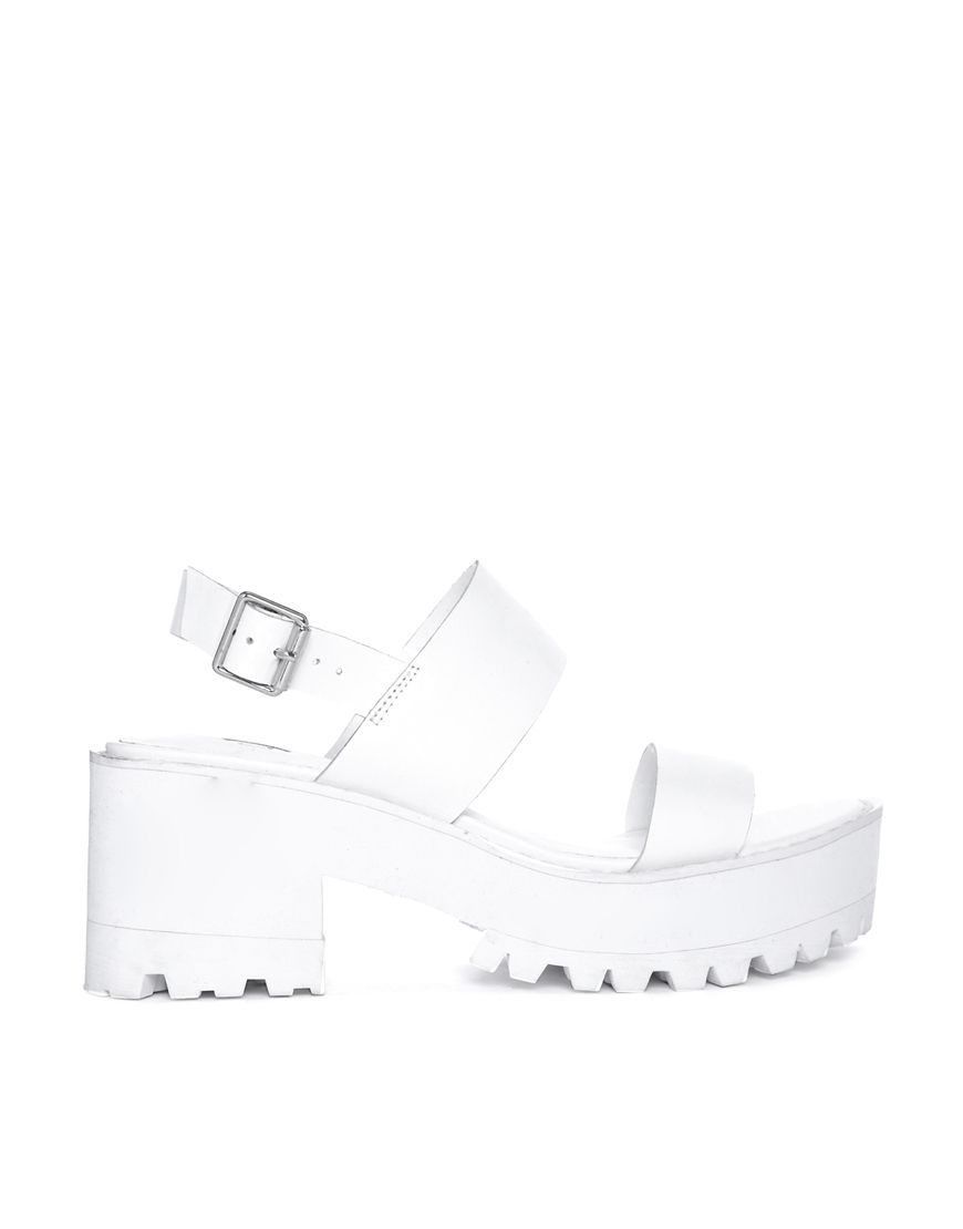 Low heel sandals, Low heels, Heels