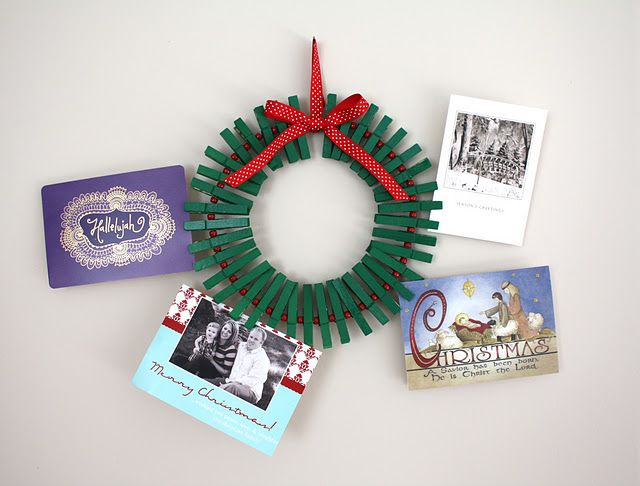 Beau Craftiness Is Not Optional: Christmas Card Wreath Tutorial
