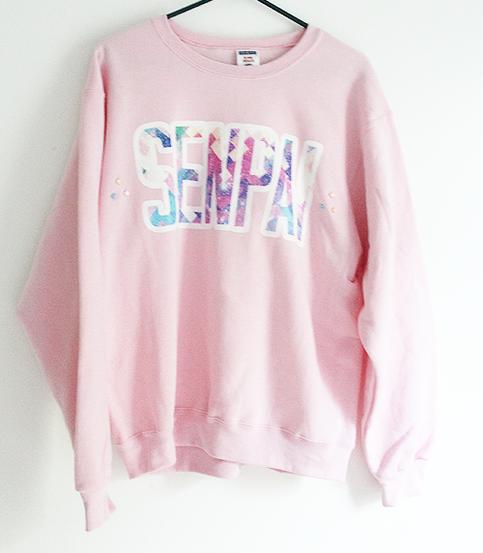 SENPAI STAR SWEATER ★ I neeeeeeed this sweater. Clothes