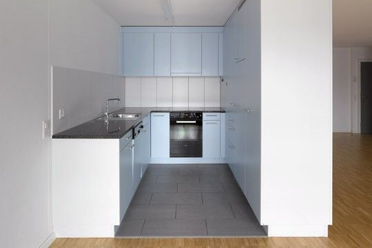 Preiswerte 3 5 Zimmer Wohnung In Zurich Zu Vermieten 5 Zimmer Wohnung Wohnung Mieten Wohnung