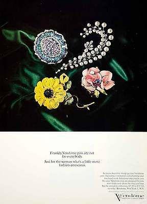 1964-Ad-Vintage-Vendome-Pins-Fashion-Costume-Jewelry-Flowers-Pearl-Spray-YHB5