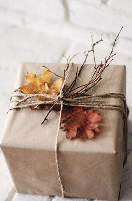 Amalia, Original envoltorio de regalo sobretodo por las ramitas y las hojas