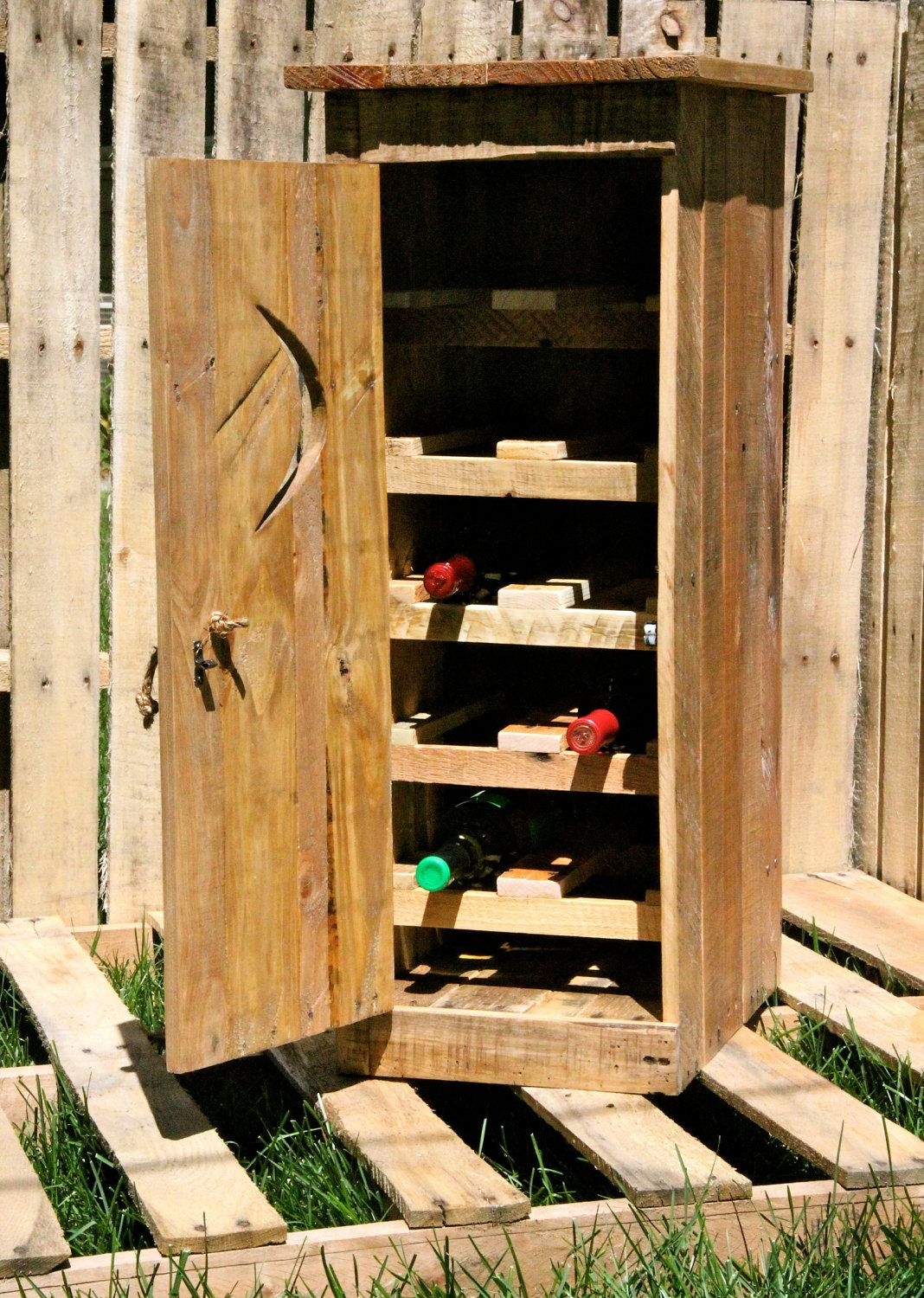 Outhouse Wine Rack Pallets Proyectos