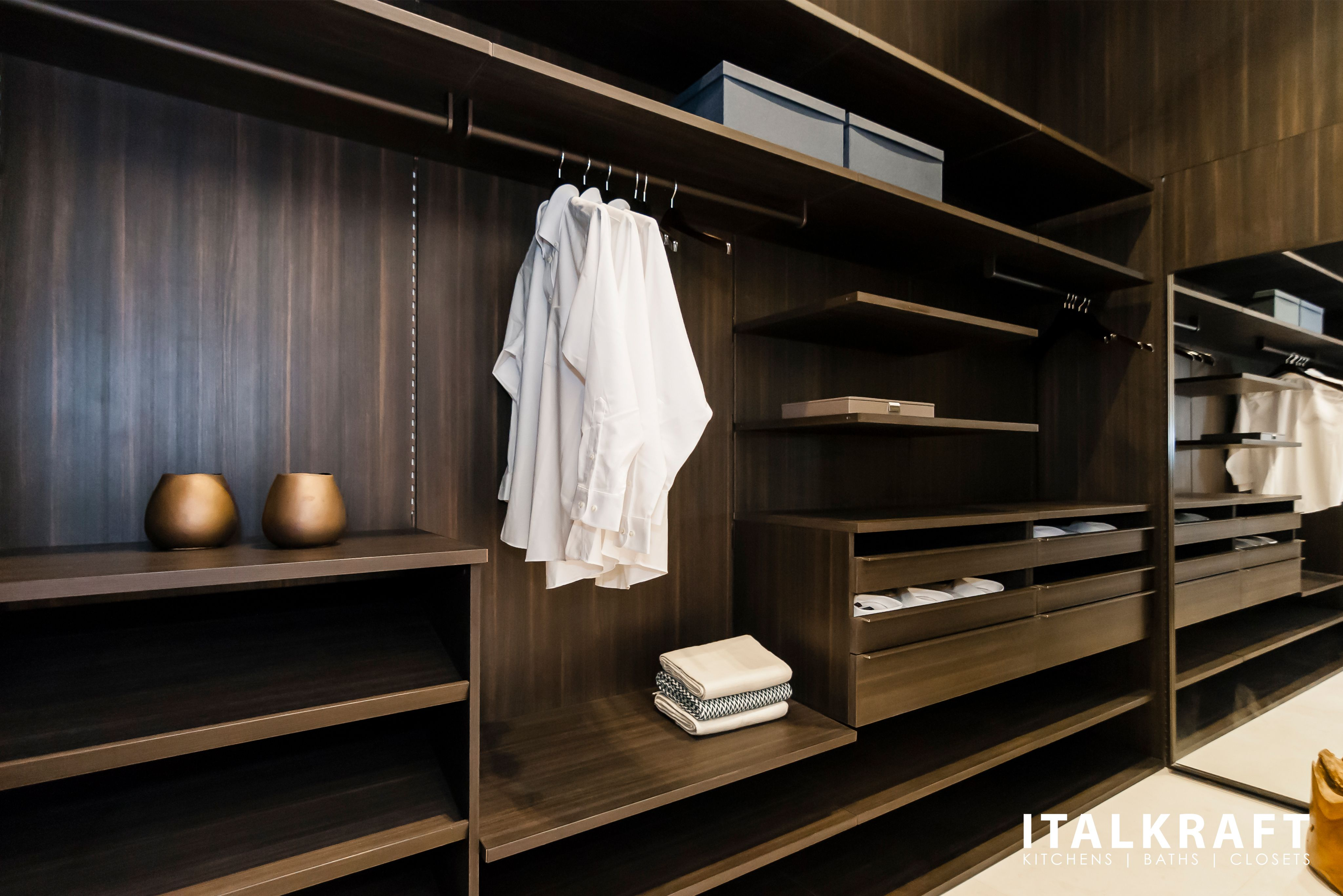 Pleasing Custom Luxury Closet Design By Italkraft Luxury Design Download Free Architecture Designs Sospemadebymaigaardcom