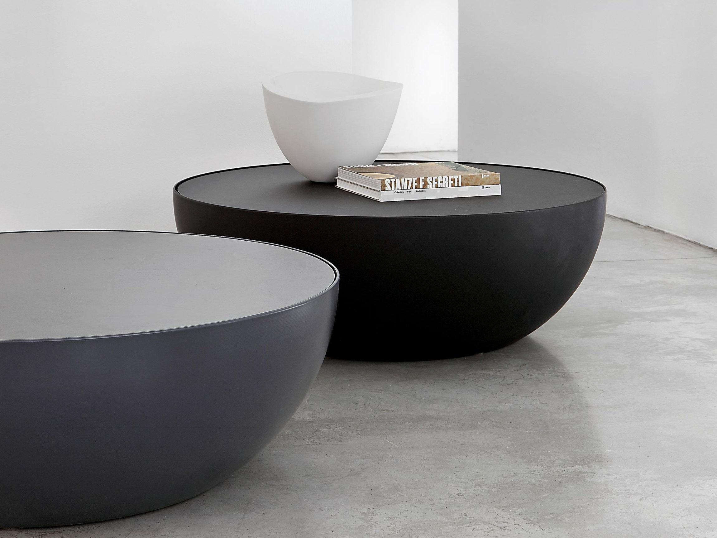 Low round coffee table PLANET by Bonaldo
