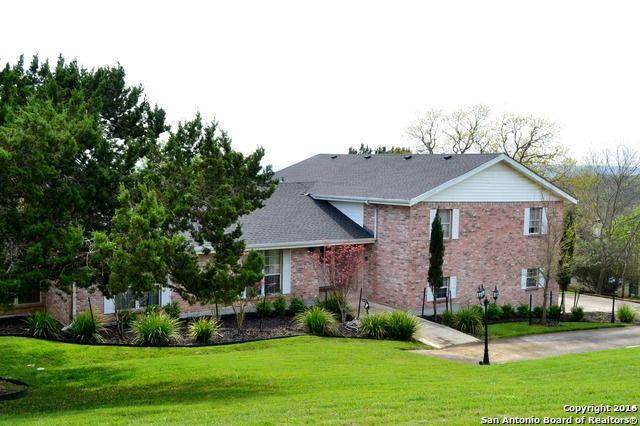 Beautiful Home Located In Garden Ridge, Texas. 4 Bedrooms, 3 Bathrooms. Sits
