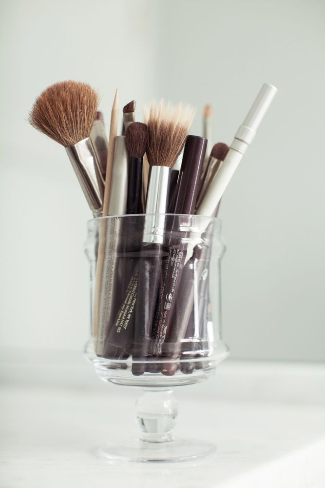 The Dirt on Cleaning Your Makeup Brushes