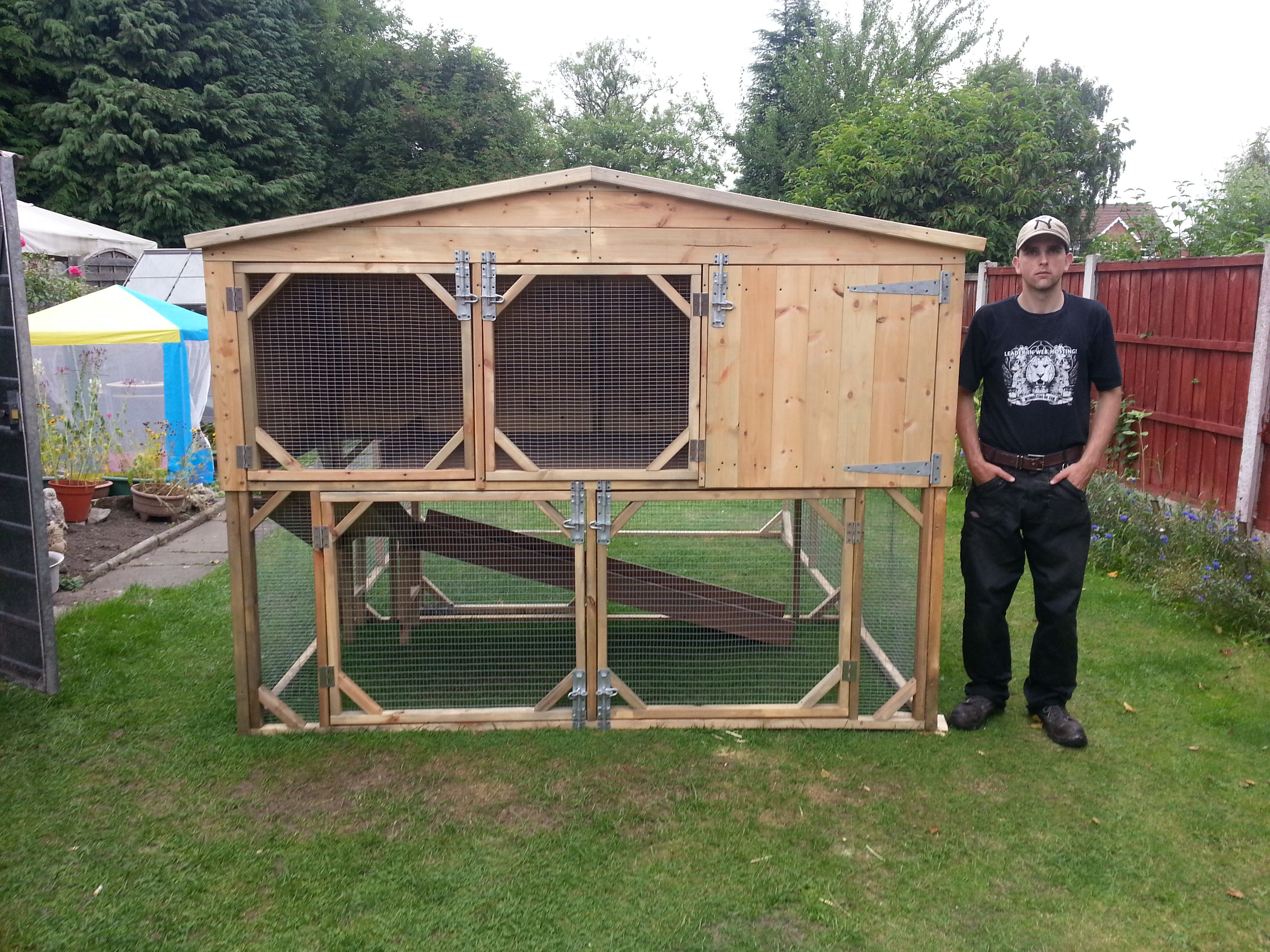 Daisy rabbit or guinea pig hutch 8x4x3ft with underneath for How to build a guinea pig hutch