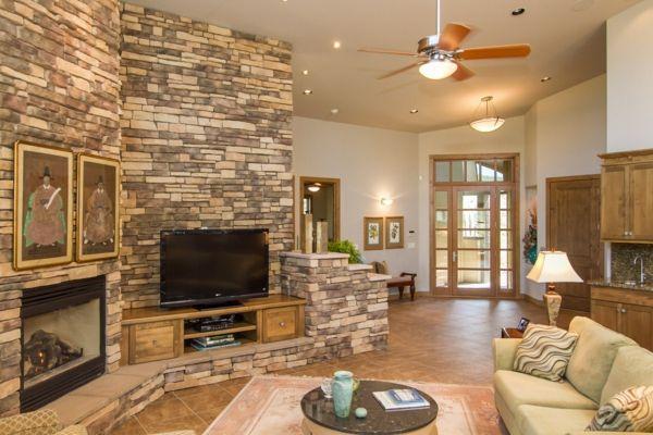 wohnzimmer design steinwand. einrichtungsideen dekosteine wand ... - Wohnzimmer Design Steinwand