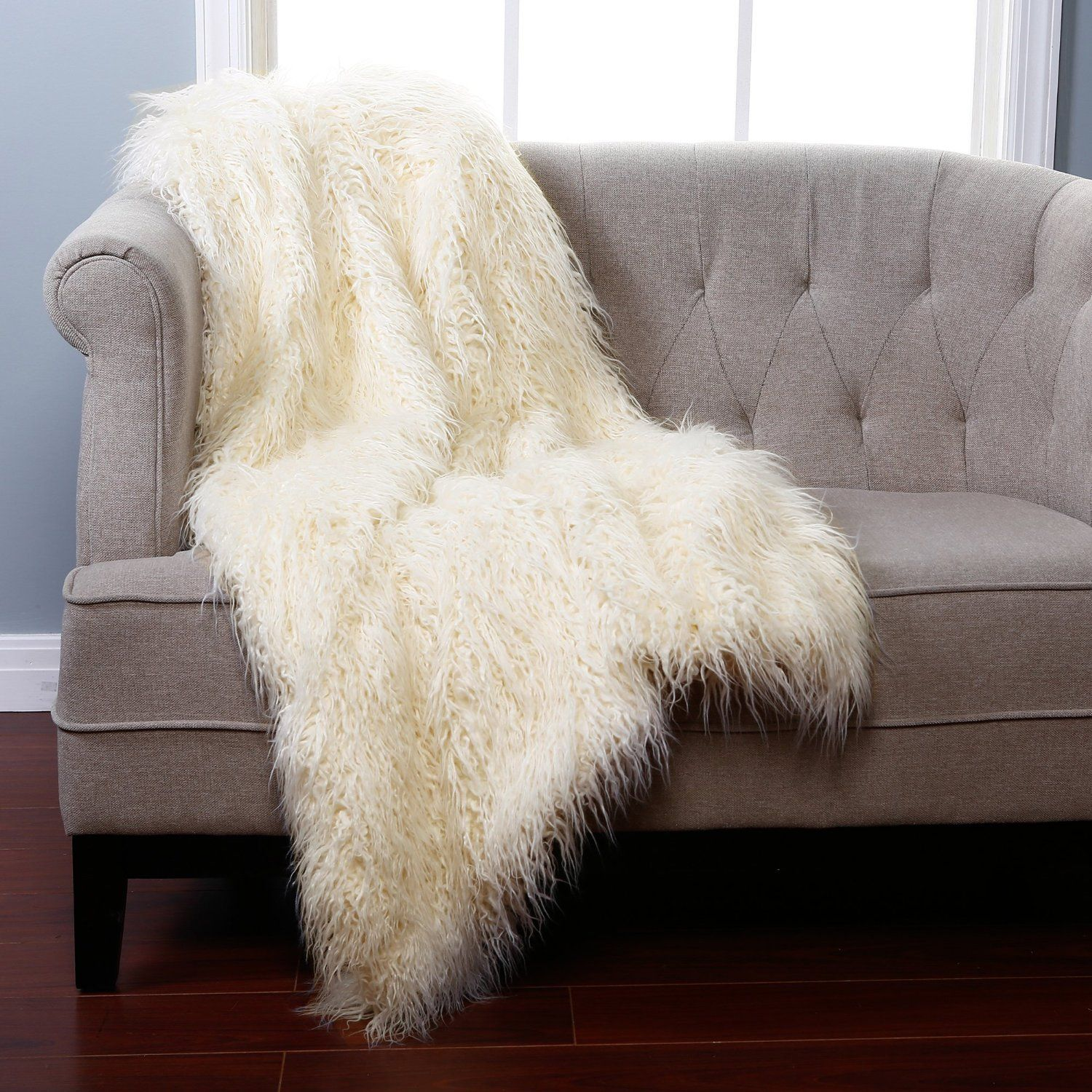 Amazon Com Ivory Mongolian Lamb Faux Fur Throw Blanket