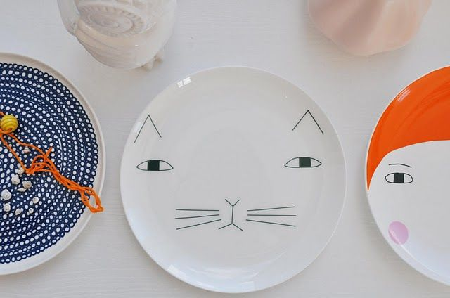 fun ideas for ceramics class or making plasticv holiday plates