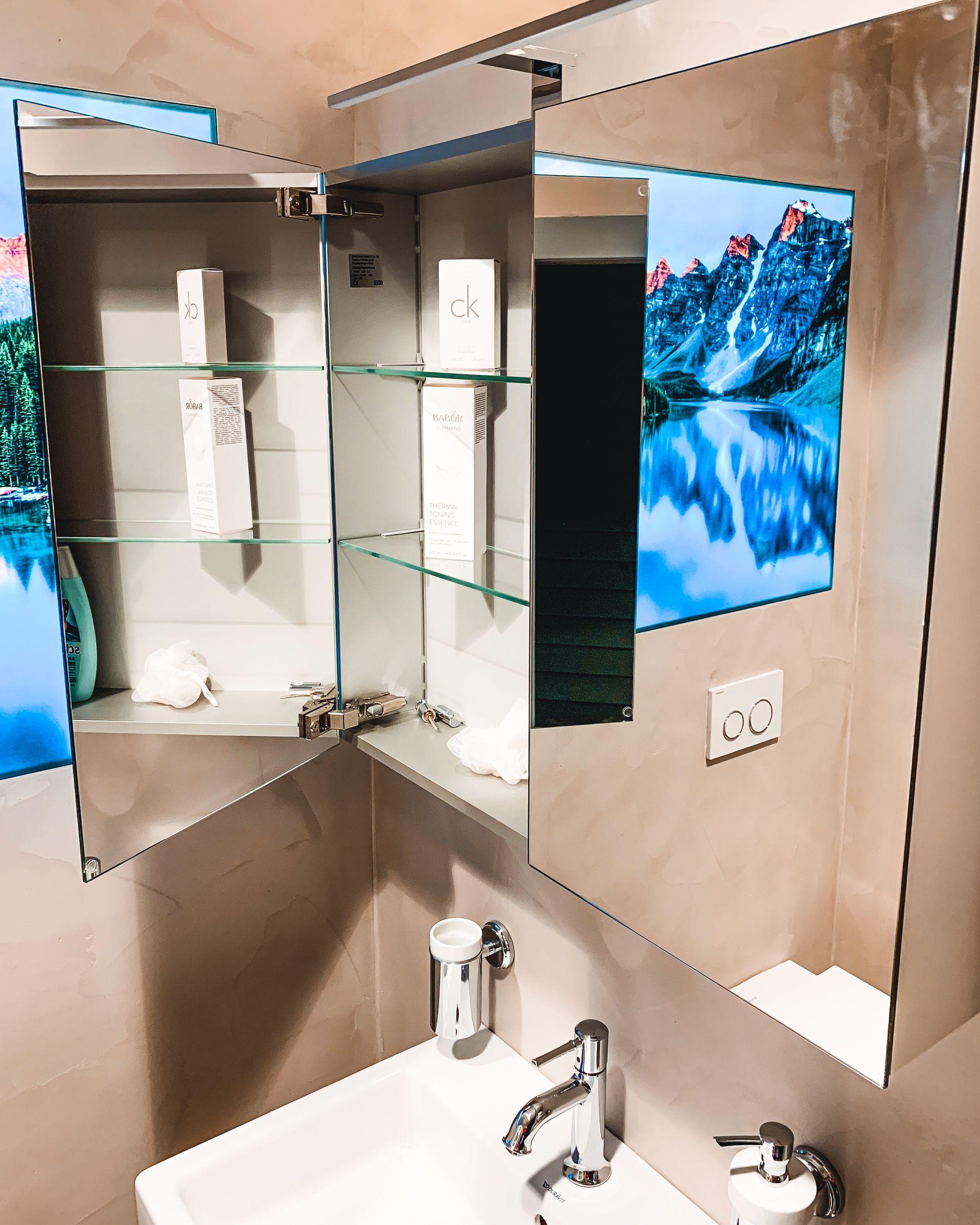 Auch Fur Kleine Bader Haben Wir Die Passenden Losungen Heute Ist Unsere Ausstellung Wieder Schauoffen Also Eine In 2020 Mit Bildern Neues Badezimmer Badsanierung Badrenovierung