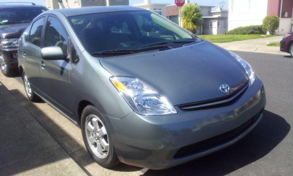 2005 Toyota Prius   $7199 (daly City)