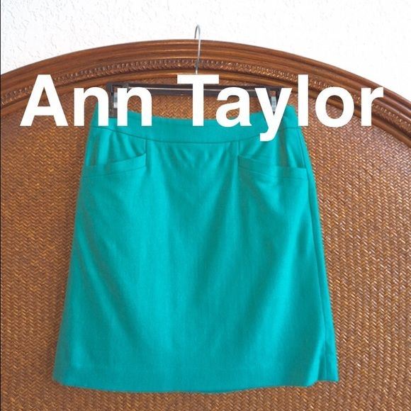 Ann Taylor 0Petite Skirt Ann Taylor 0Petite skirt. Perfect condition. Lined. 2 pocket detail Ann Taylor Skirts