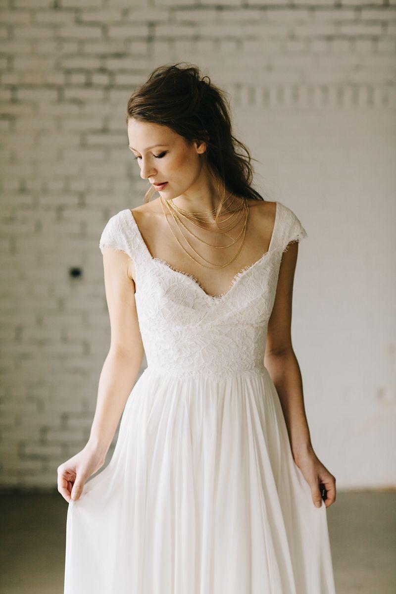 Elizabeth dye valencia gown photo phil chester bridal elizabeth dye valencia gown photo phil chester ombrellifo Gallery