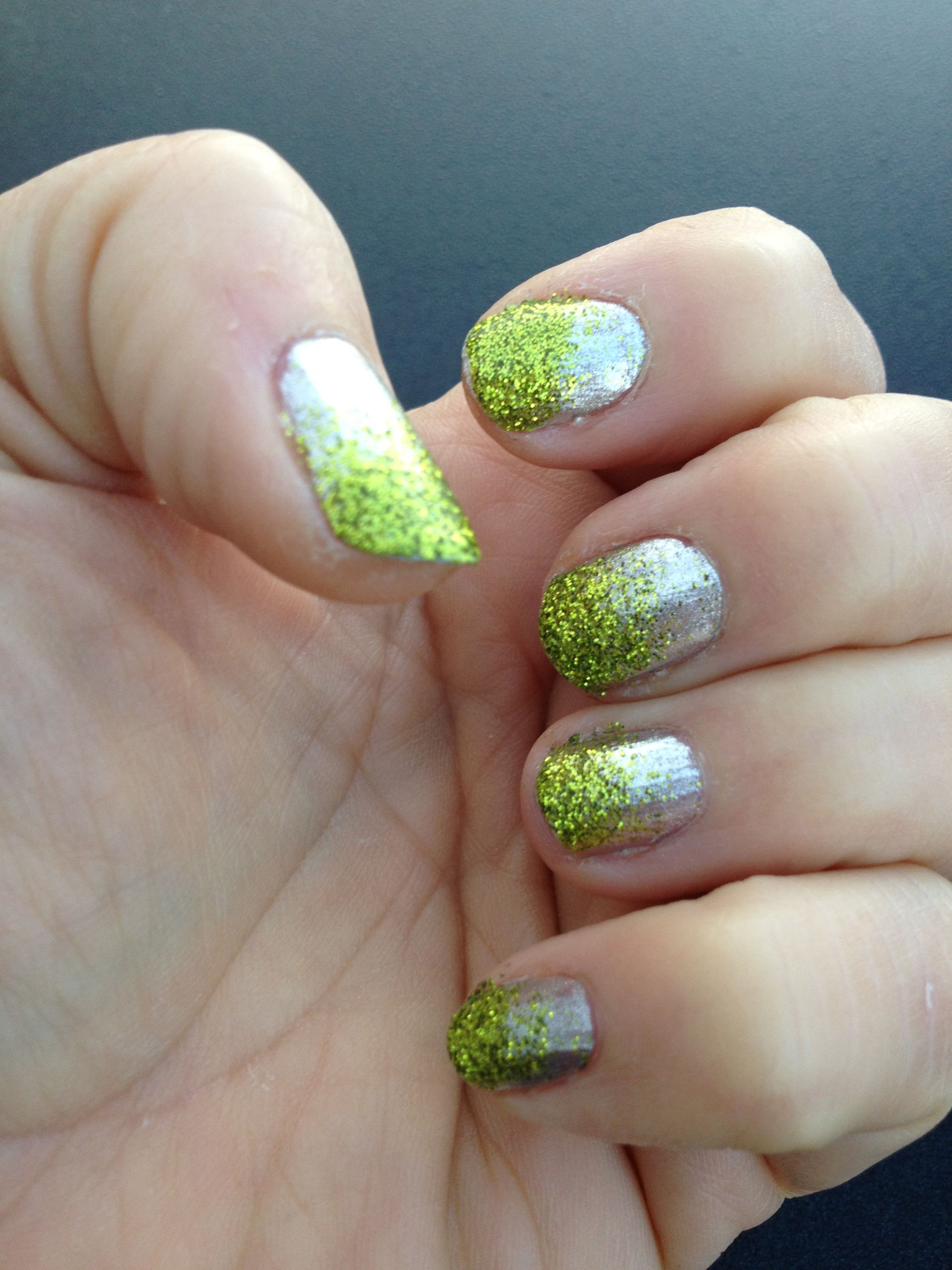 Loose glitter gradient nail - glitter in my on-line stamping store ...