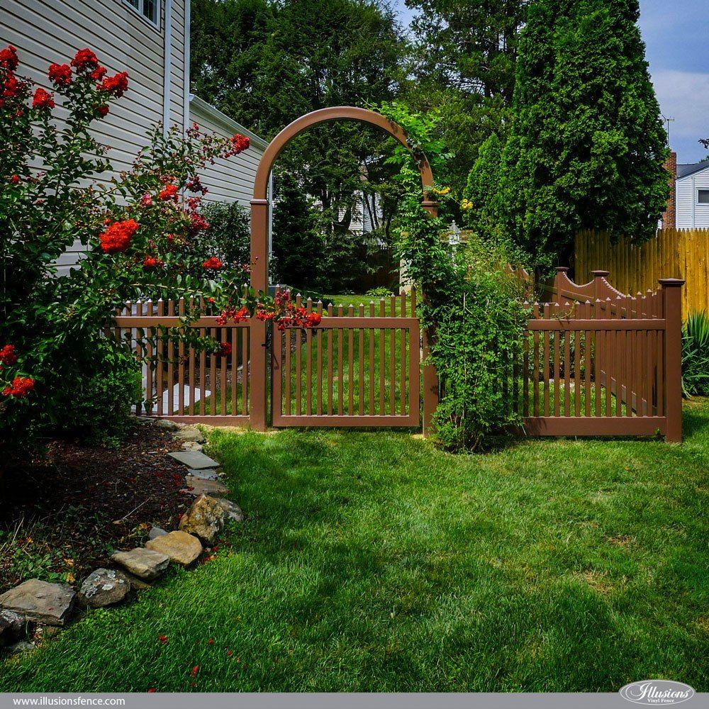 12 Amazing Low Maintenance Fence Ideas Illusions Fence Backyard Fence Decor Backyard Fences Wood Picket Fence