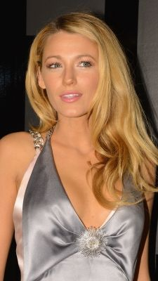 Blake Lively Hair Color Butter Blonde Base Plus Ivory