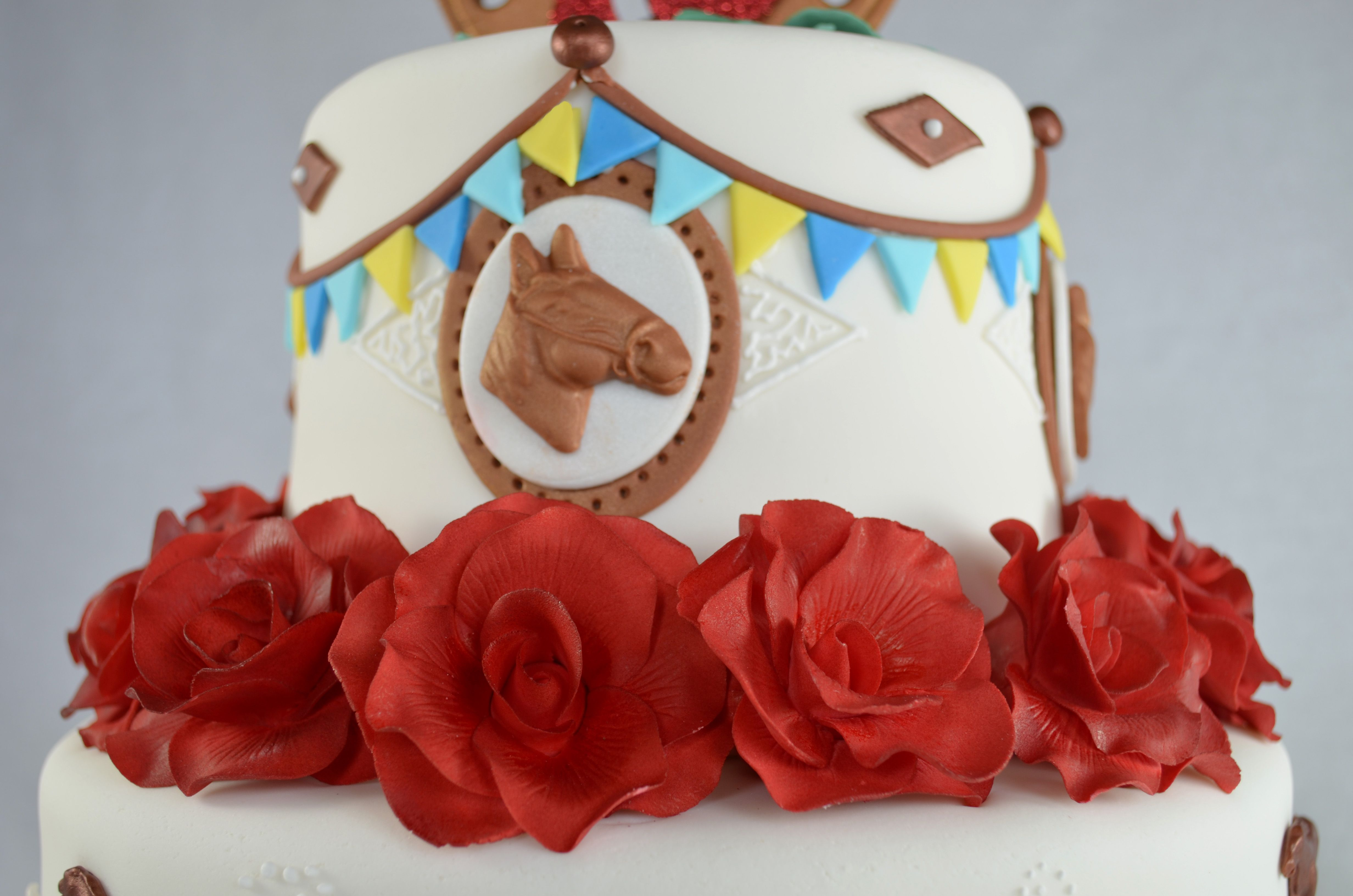 Kentucky derby birthday cake httpwwwsweettierscakery