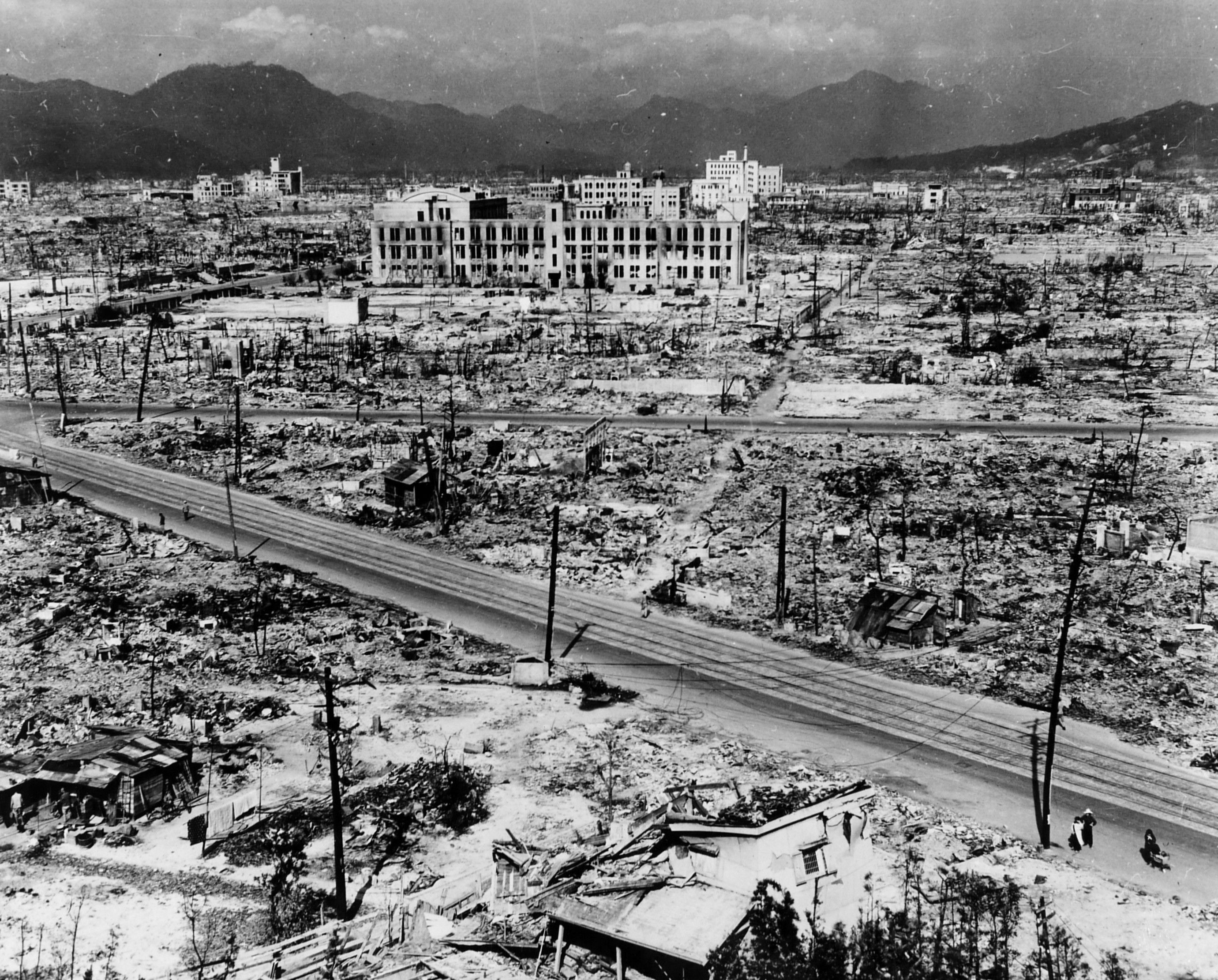 a history of war in hiroshima Hiroshima and nagasaki bombing timeline  atomic bombing of hiroshima and nagasaki world war ii database  a history of the 509th composite group as told by .