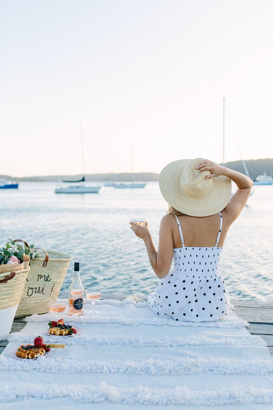 Sunset picnic and rosé you me qui with the diy embroidered tote jpg  1066x1600 Beach picnic 06f1a306e9d31
