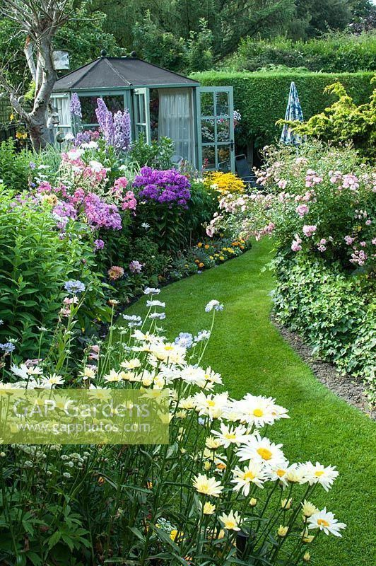 Photo of Beautiful lower landscape idea.
