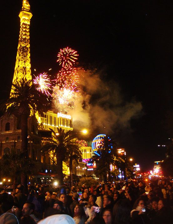 New Years 2014 Parties In Vegas Vegas New Years New Years Eve In Las Vegas New Years Eve