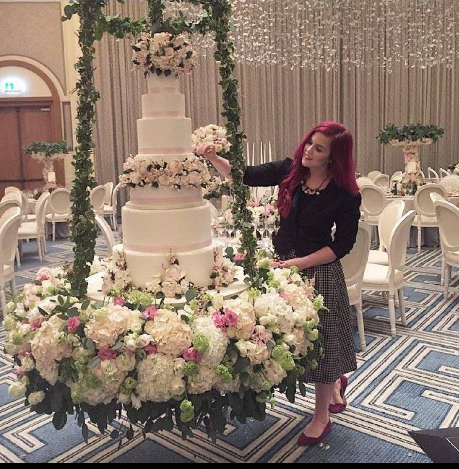 Amazing Weddings: Cake Pop __ Marshmallows
