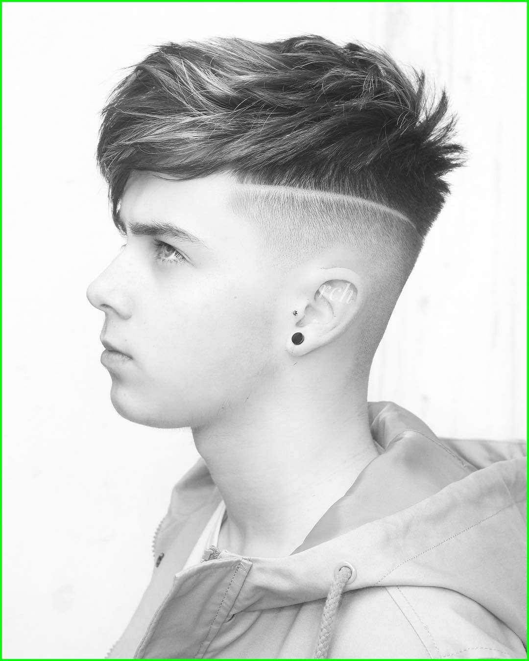 How Much To Tip Mens Haircut 2117 Ryancullenhair Long Hair On Top Short Sides Mens Haircut Long Hair Styles Men Long Hair On Top Long Hair Styles