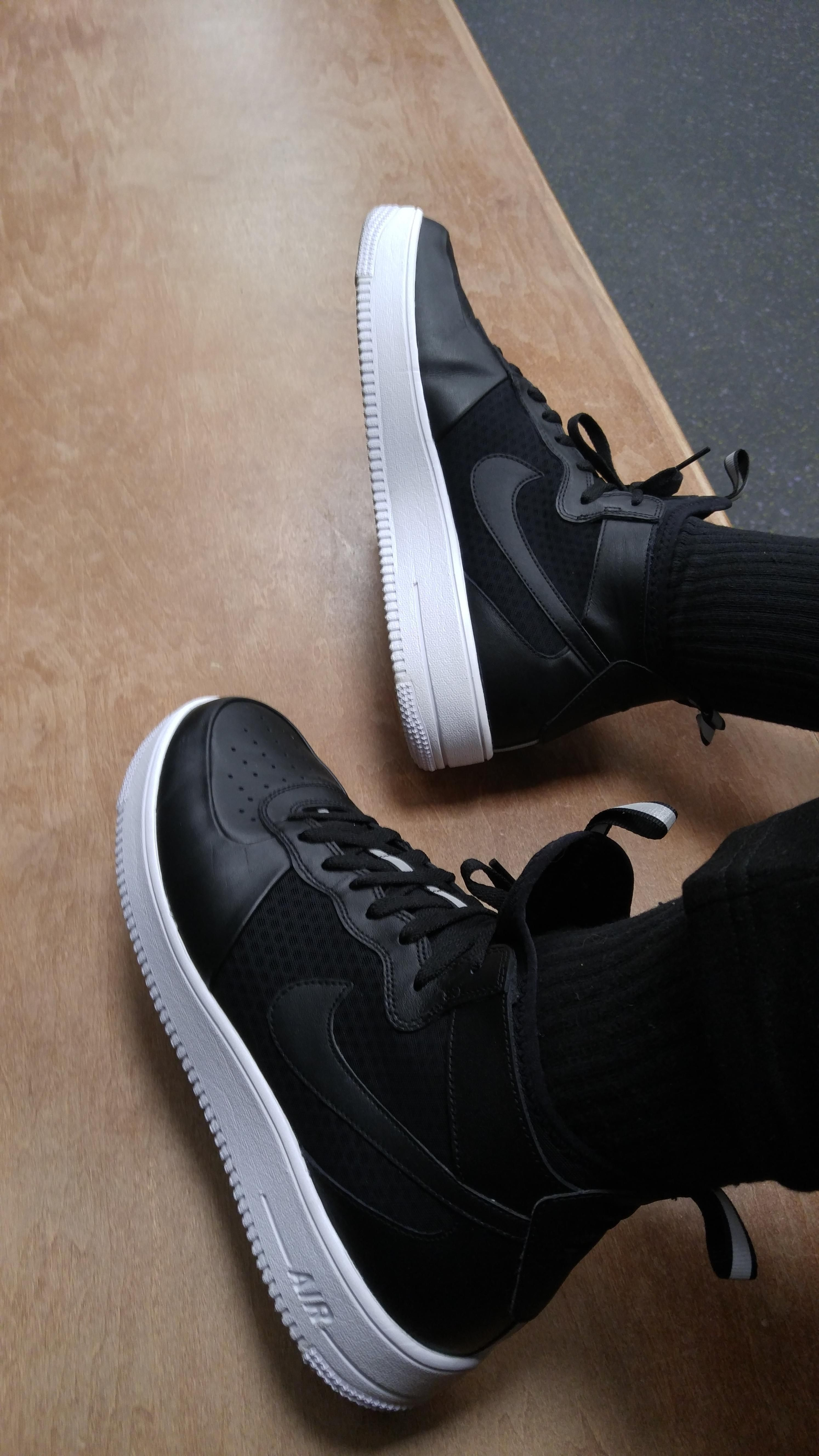 Ron Holt on in 2019 | Air force one shoes, Sneakers nike