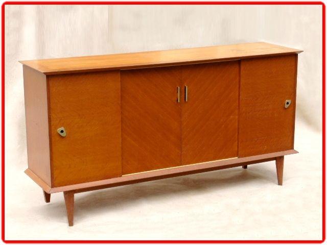 enfilade bahut vintage annees 50 bois massif vendu meubles et d coration vintage design. Black Bedroom Furniture Sets. Home Design Ideas