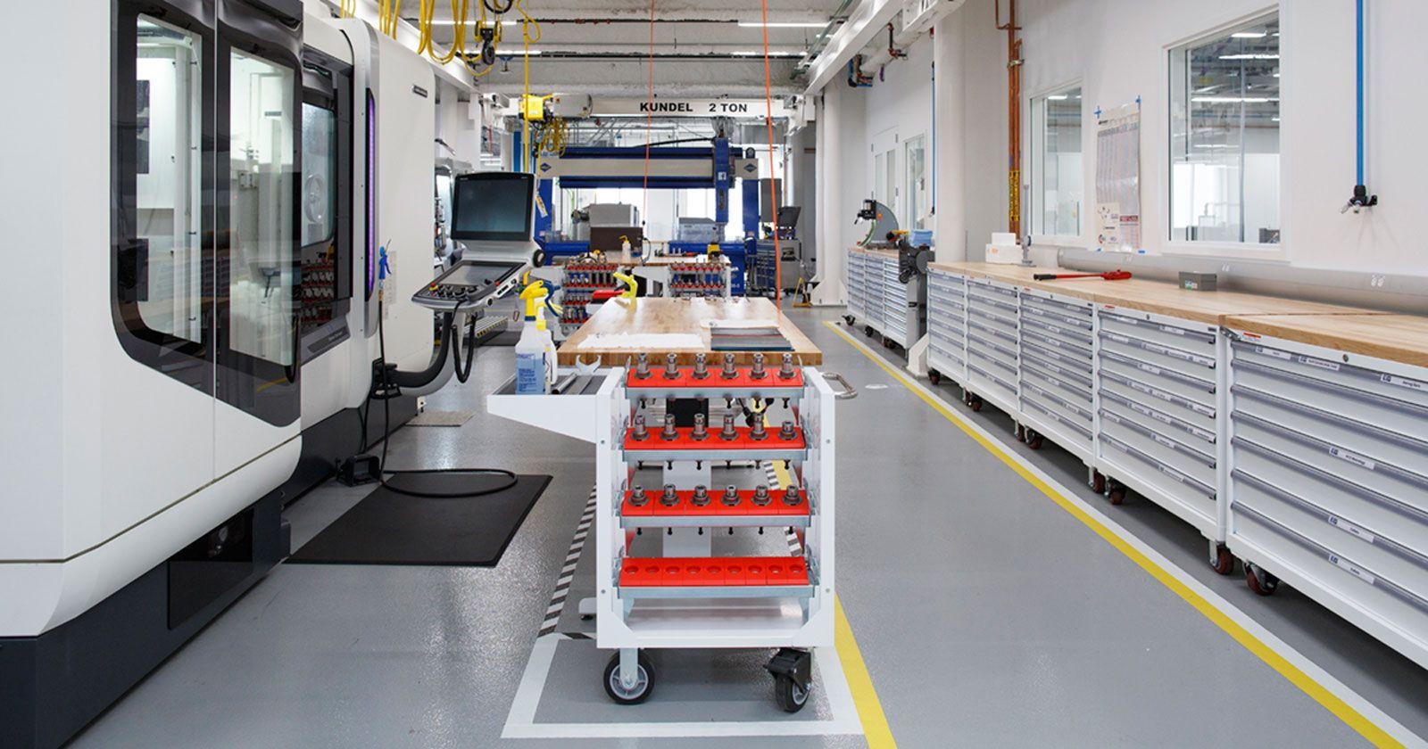 Facebook abre su fábrica de hardware Area 404 - ITespresso.es #FacebookPins