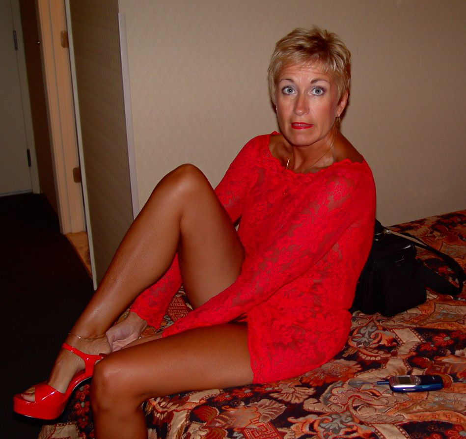 sexy cougar | hot mature ladies, milfs and gilfs | pinterest