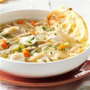 Photo of Mediterrane Hühnchen-Orzo-Suppe