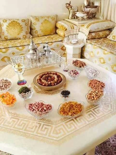 Pin by Oumnia Turner on Oriental | Moroccan room, Moroccan ...