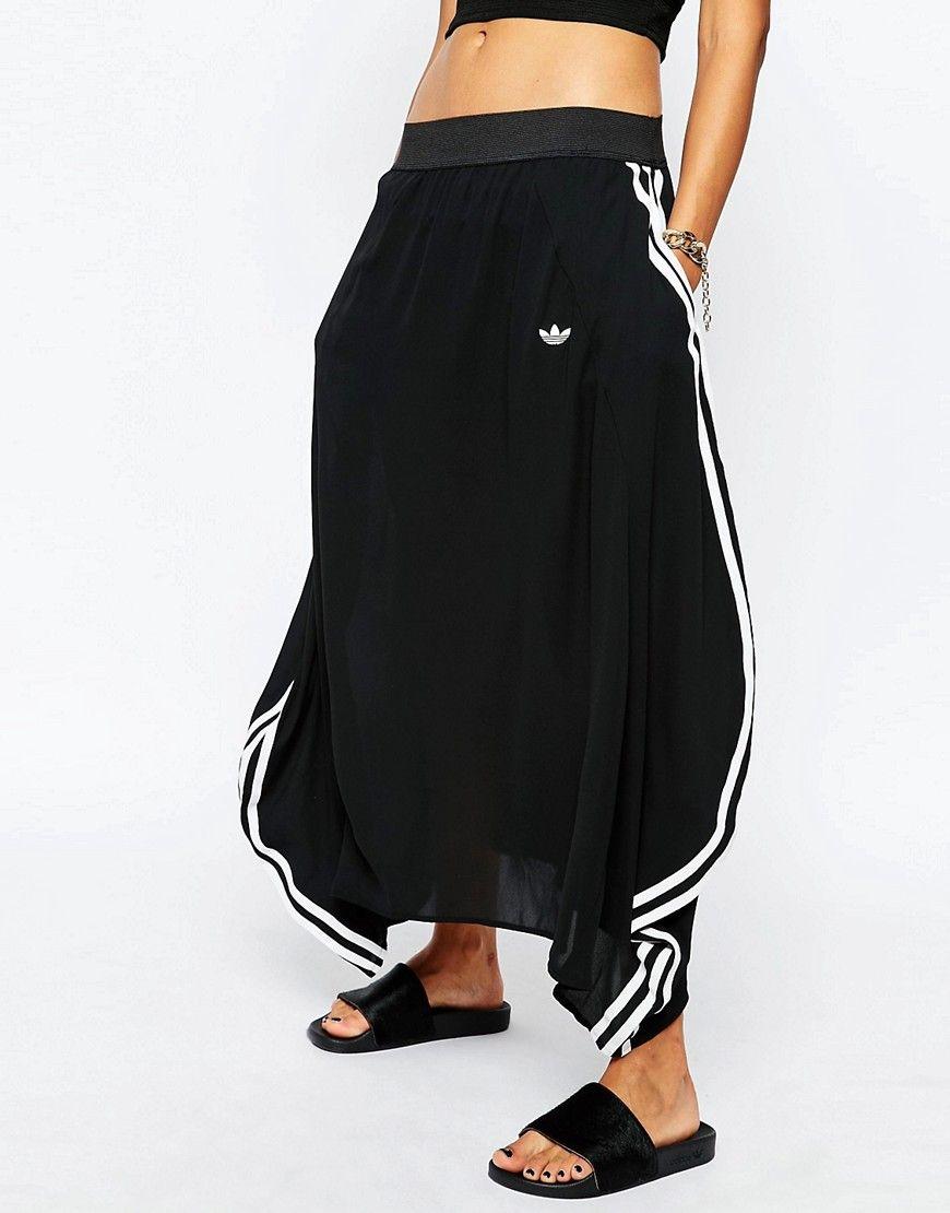 fe9779b61 adidas Originals - Berlin - Maxi jupe rayée style 3's   Jeremy Scott ...