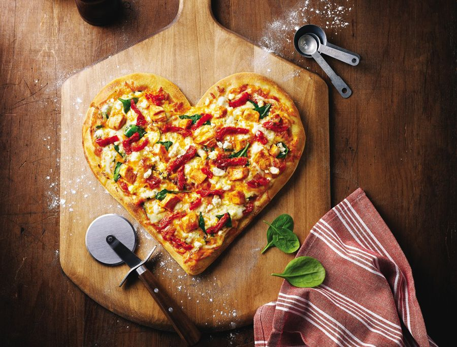 Boston Pizza Clifton Hill will be serving up Heart-shaped pizzas again this year for Valentine's Day and $1 from every heart-shaped pizza sold will go to the Boston Pizza Future Prospects Charity. This helps support youth in our community and across the country to mentor kids to their full potential. In partnership with Big Brothers Big Sisters, Kids Help Phone, Live Different and JDRF. #ValentinesDay #BostonpIzza #NiagaraFalls #BigBrothers #BigSisters