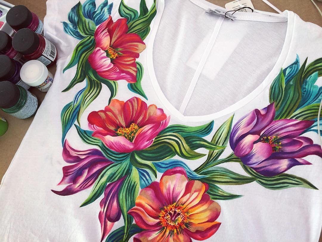 edc5372b5de  JacquardProduct Beautifully painted floral blouse by Ana Maria Restrepo  made with Jacquard Textile Color