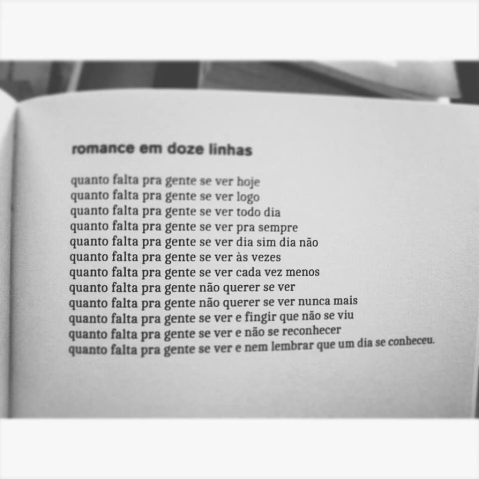 Romance em doze linhas.