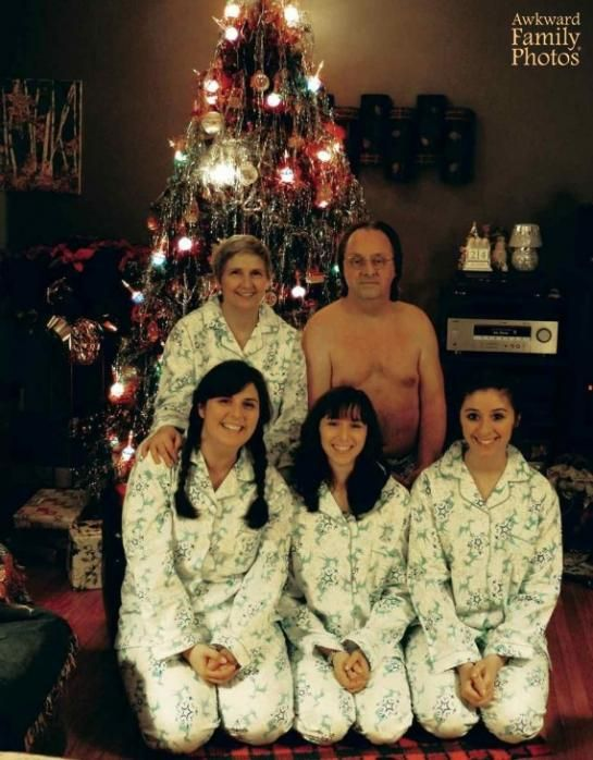 Holiday Matching Family Pajamas    Oops! Forgot to order Dad s Matching  Family Pajamas  awkwardfamilyphotos c41e53368