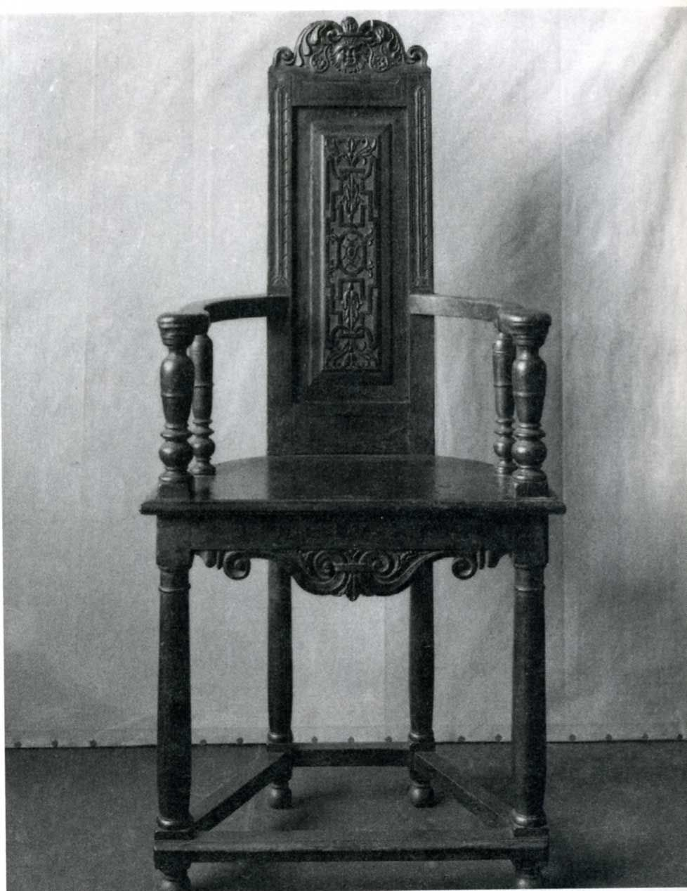 Chapter 11: Caquetoire Chair Was A Lightweight Chair With A High Narrow  Back And U