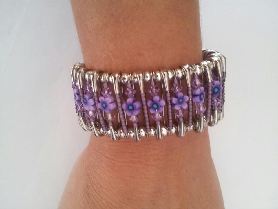 New safety pins bracelet made with swarovski crystal and