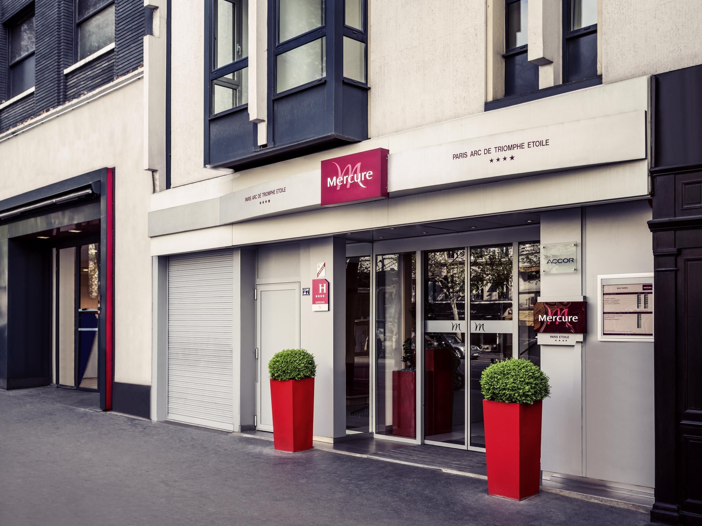 Paris Mercure Paris Arc De Triomphe Etoile Hotel France Europe Mercure Paris Arc De Triomphe Etoile Hotel Is A Popular Choi Hotel House Styles Arc De Triomphe