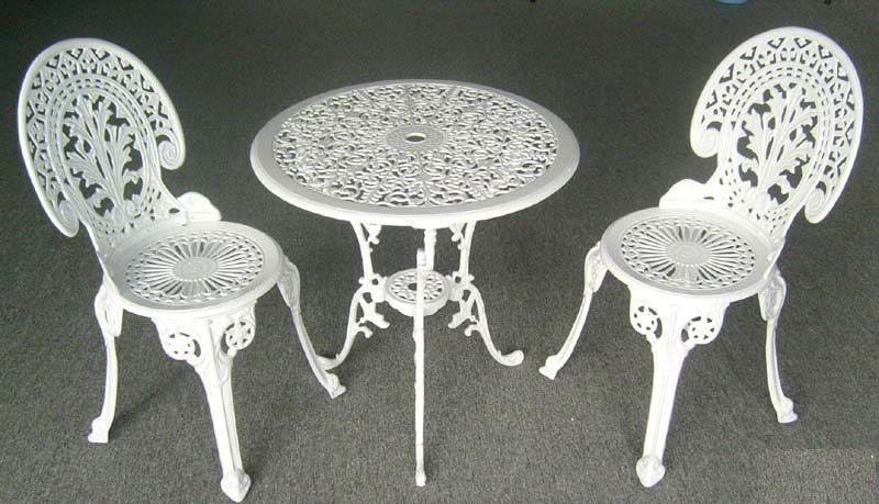 Excellent White Wrought Iron Patio Furniture Design Ideas