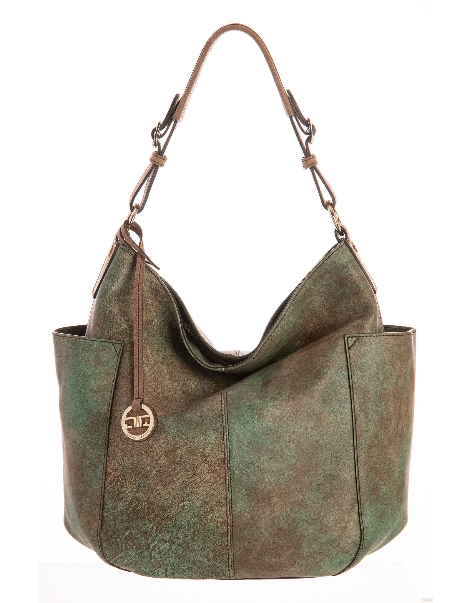 7cc5b9e2b299 Fashionable Italian handbags by artisans using traditional methods