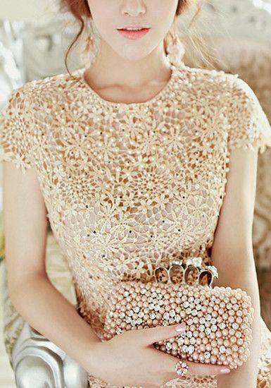 98b74eba9 Pearls Crochet Dress Roupas De Festa, Roupas De Crochê, Moda Festa, Vestido  De