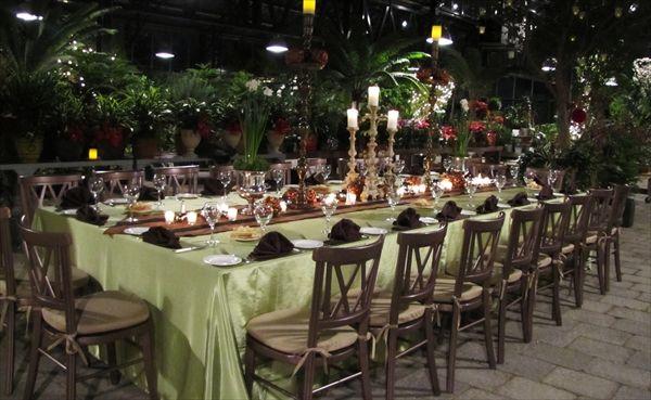 Captains Table Planterra Conservatory West Bloomfield Event VenuesWedding