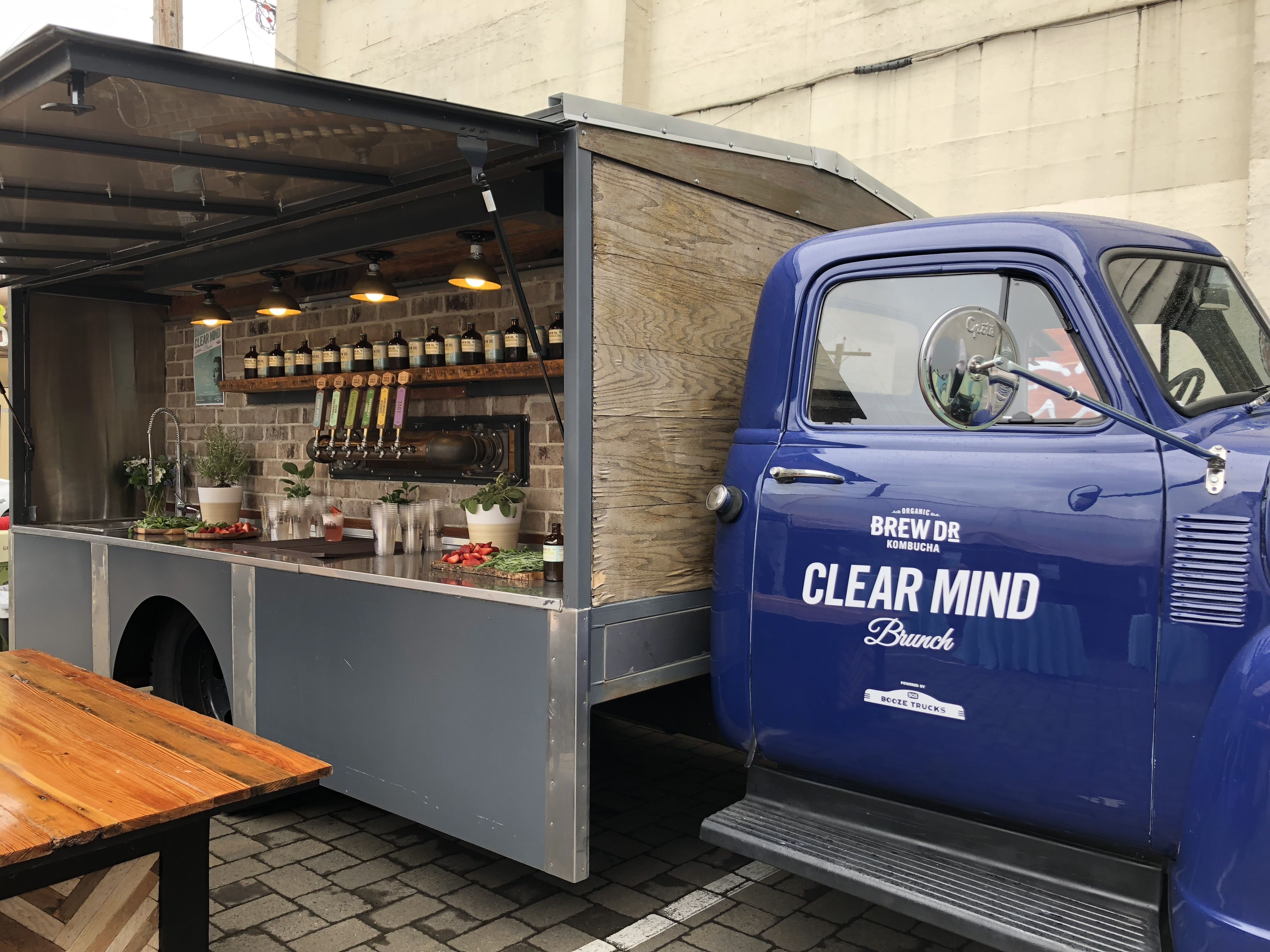 Mobile bar beverage services for portland and its